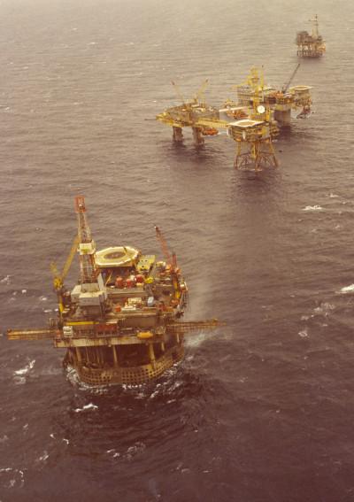 Aerial photograph of platforms