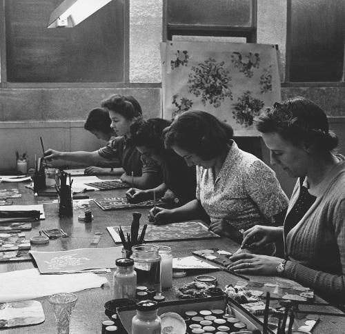 Painting Ladies (DDHS 77)