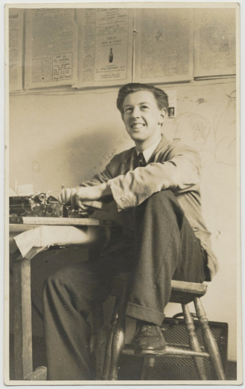 Photograph of Raymond Williams. Image reproduced by courtesy of the family of Raymond Williams.