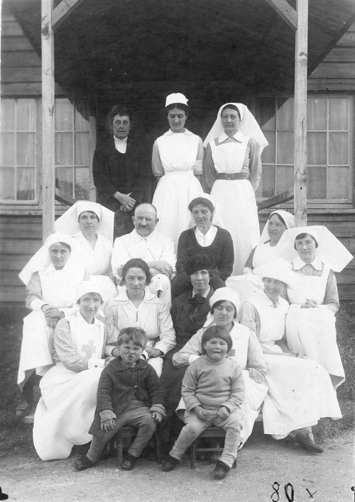 Du Sautoy and Blackwood with nursing colleagues and Victor and Yvette at Blerancourt 1921. Copyright the Royal College of Nursing 2018.