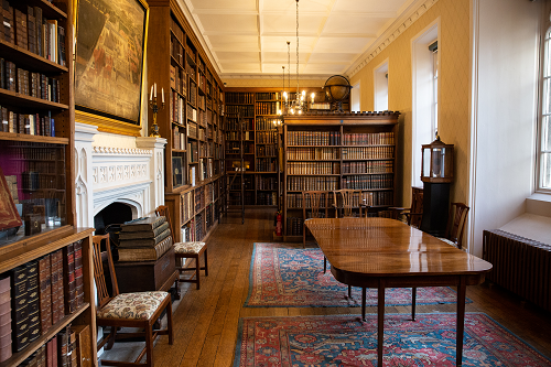 Interior of Winchester College Fellows' Library